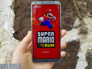 Super Mario Run in full screen view