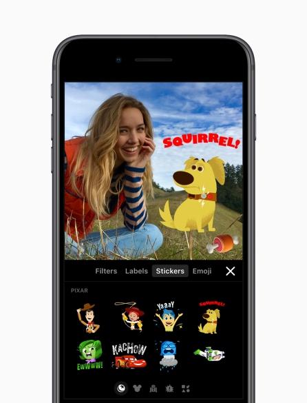 iPhone_8_Plus_dog_sticker_filter_screen_20171109